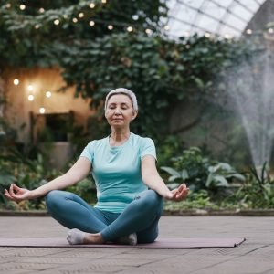 tcm-spring-senior-yoga